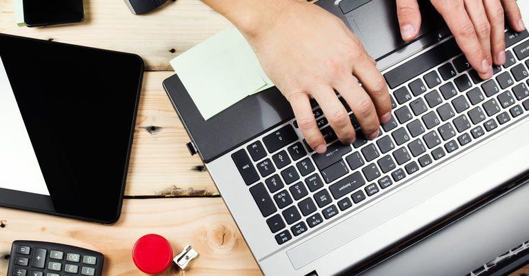Ripristinato lo spesometro, nuova scadenza 5 ottobre - Commercity Blog